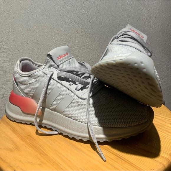 Adidas NMD R1.V2